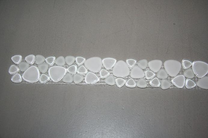 soft glas bord ren mix weiss weiss fliesennetz 170g vp2 mosaik shop mix farben glassteine polygonal. Black Bedroom Furniture Sets. Home Design Ideas